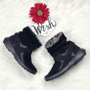 Nike Golkana Black Sportswear Winter Boots Women